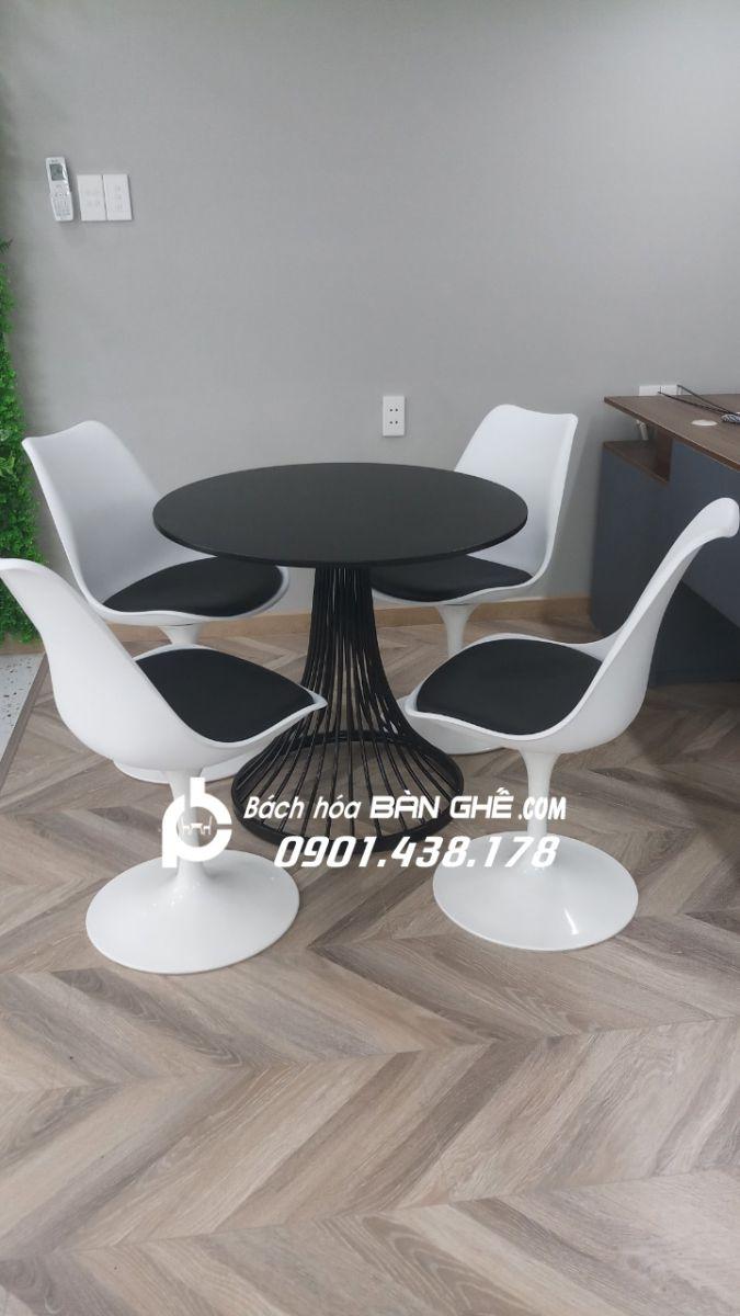 Ảnh thật Bộ bàn nôm 4 ghế Tulip GLM32