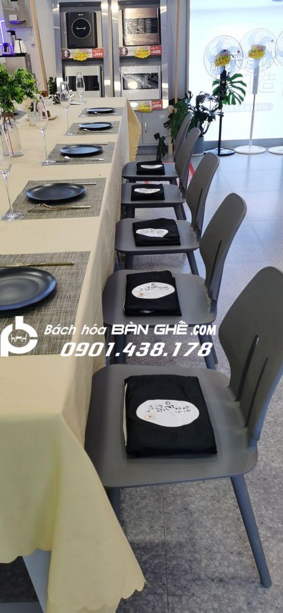 Ghế nhựa đúc GLM13B nhà hàng