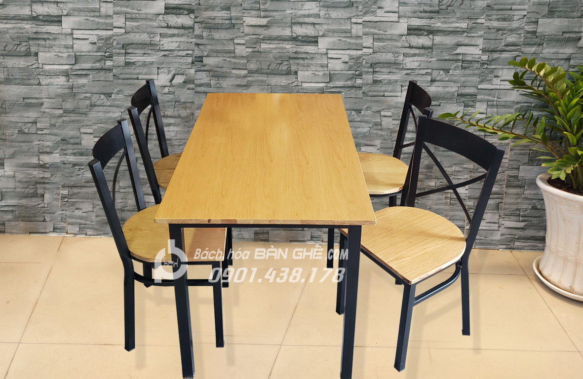 Bàn ghế quán ăn tại HCM