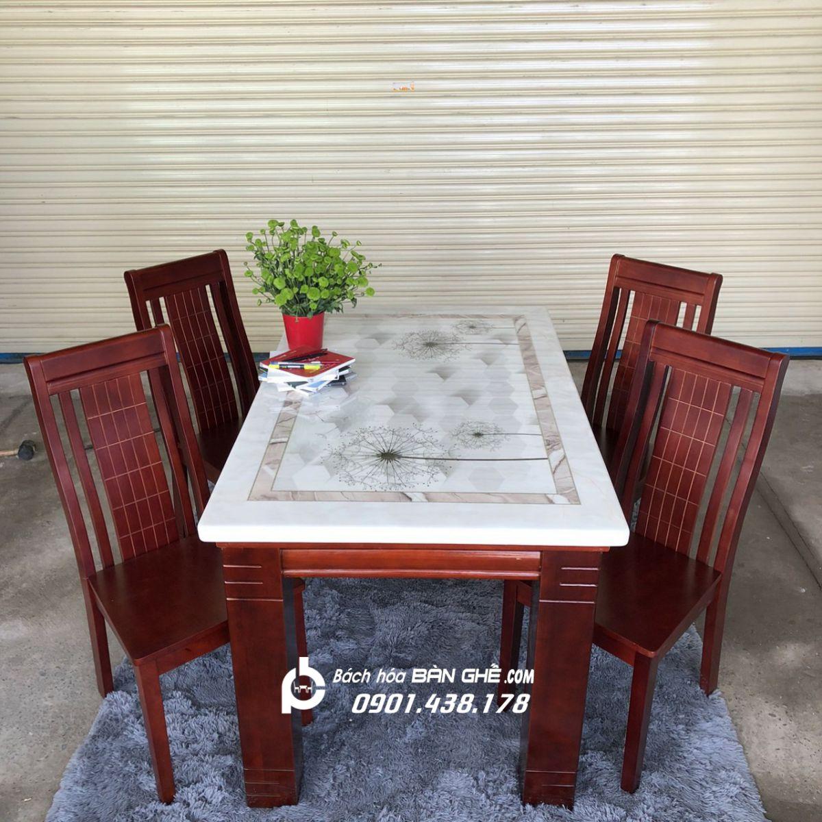 Bộ bàn ăn mặt đá 4 ghế gỗ MAV03