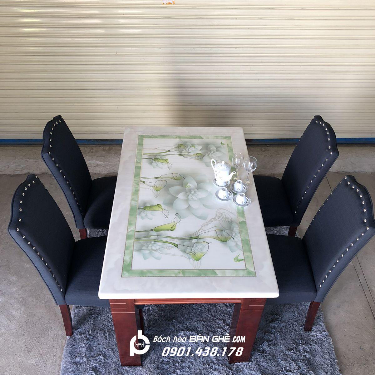 Bộ bàn ăn mặt đá 4 ghế nỉ MAV05