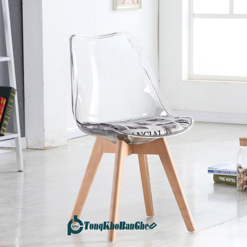 Ghế Nhựa Trong Suốt Chân Gỗ Sồi GLM113